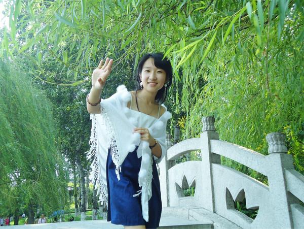 七绝·素馨萧燕(藏头诗) - 雨荷绿漪 - 雨荷绿漪的博客