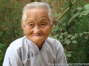 李轩祭外曾外祖母文-播探主灵视频图片